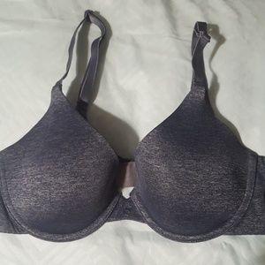 🐞🐞Victoria's Secret semi Demi bra size 32b